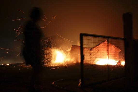 Otra imagen que refleja la voracidad del incendio.FOTO: EFE