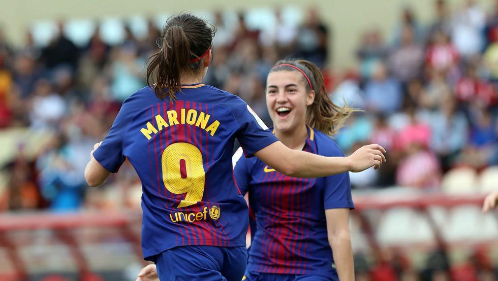 Mariona Caldentey celebrando el 1-0 del Barça con Patri Guijarro
