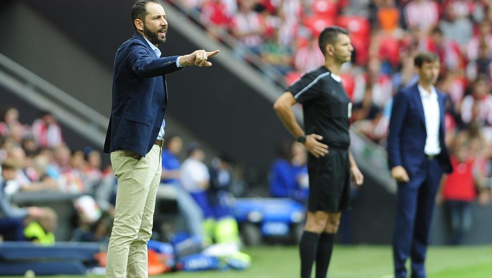 Machín dirige al Girona en el encuentro de San Mamés