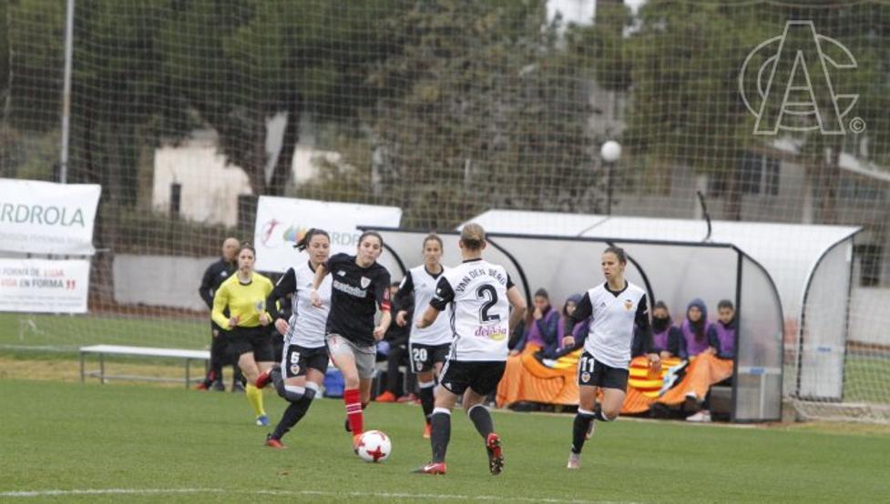Las rojiblancas cayeron por 3-1 en su visita a Valencia.