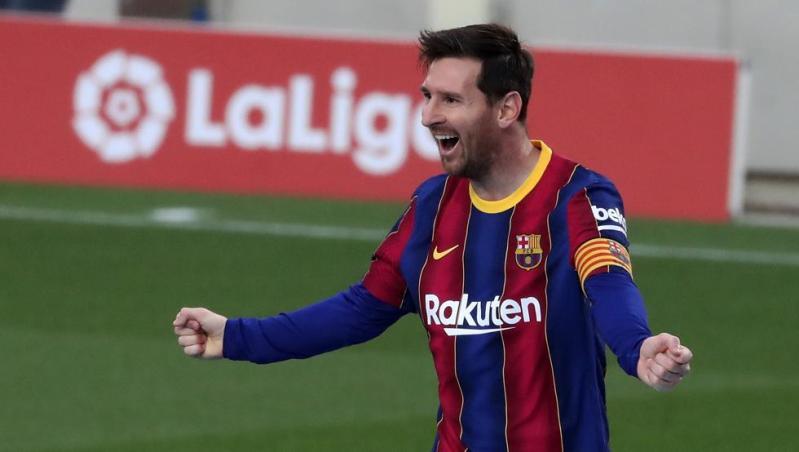 En Francia ya ven a Messi más cerca de seguir en el Barça