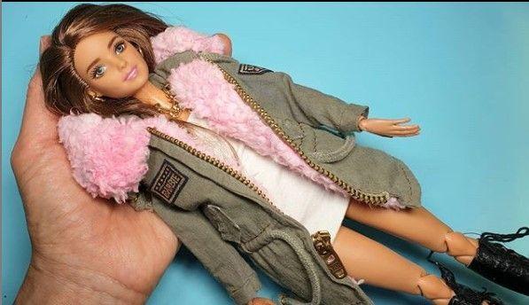 Chaqueta de piel con forro rosa para Barbie