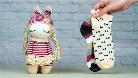 DIY Muñeca con calcetines paso a paso