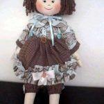 Muñeca de trapo de pelo con rizos patrones gratis