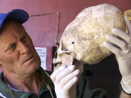 Brien Foerster Reciente análisis del ADN de los cráneos alargados de Paracas revela que podrían ser de origen extraterrestre
