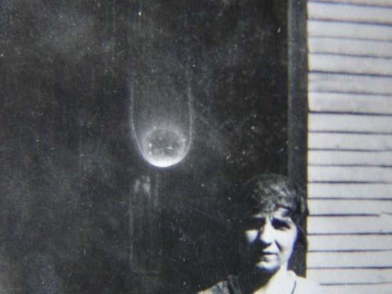 Spirit Orbs Light Balls - Des orbes, des esprits qui se manifestent sous forme de boules de lumière ?