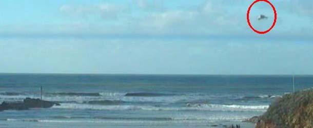 Misterioso OVNI sobre una playa del Reino Unido desconcierta a los expertos