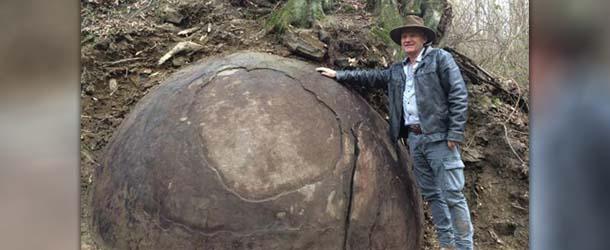 Arqueólogo descubre en Bosnia una misteriosa esfera gigante fabricada por una civilización avanzada