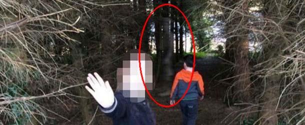 Fantôme de soldat britannique - Une photographie révèle le fantôme d'un soldat britannique dans une forêt irlandaise