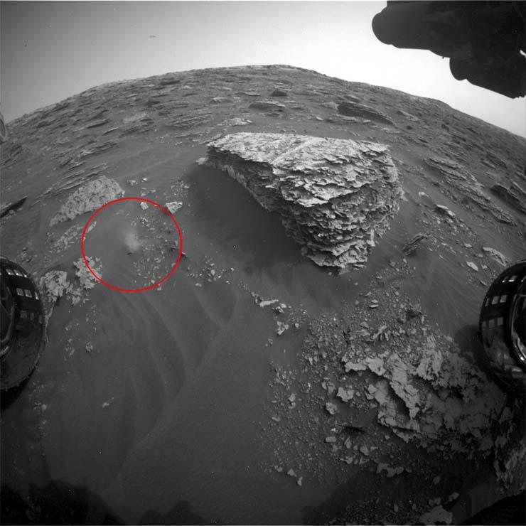 alien movement on mars
