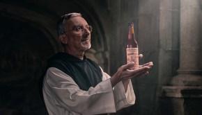 Cerveza Abadía - Fábrica de Cervezas Estrella Galicia tributo Monasterio Sobrado dos Monxes