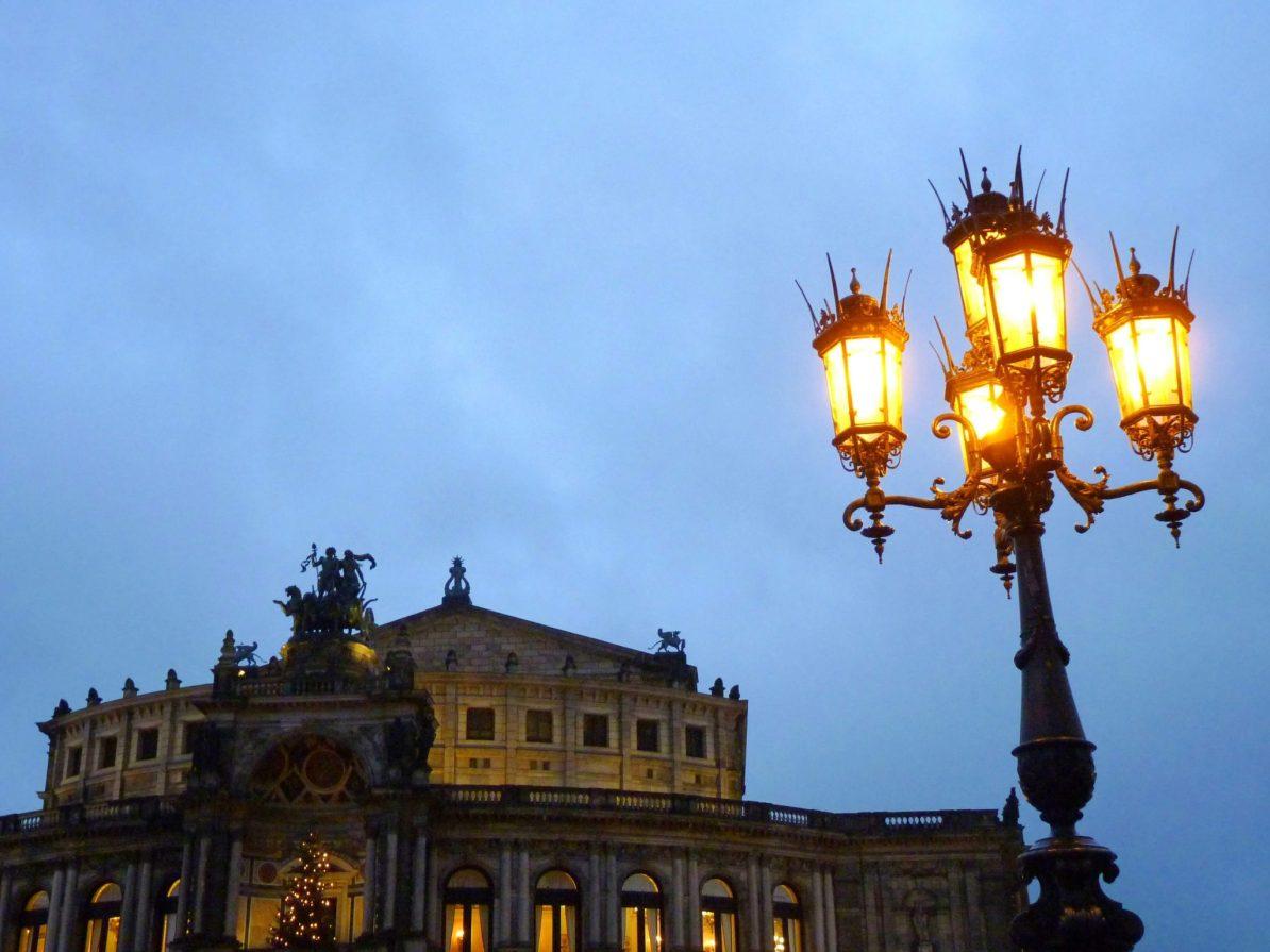 Opera 02 Dresden Alemanha Mundo Indefinido