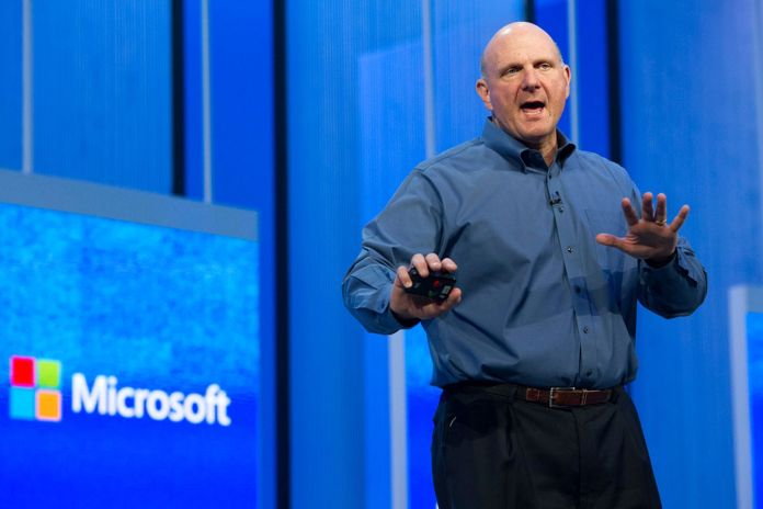 Satya Nadella, CEO de Microsoft, elegido como presidente de la junta
