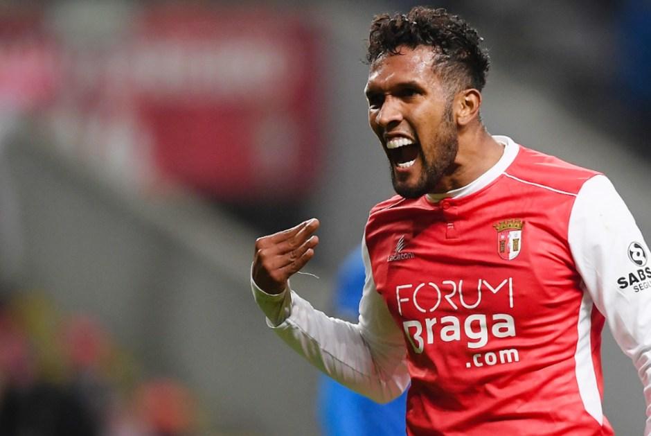 e4ee0be0a0797 Dyego Sousa pode ser o sétimo jogador naturalizado a vestir a camisa de  Portugal