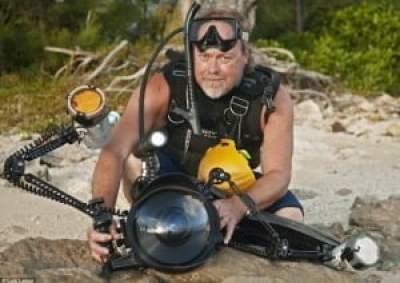 Las últimas imágenes impresionantes en alta mar del veterano fotógrafo muerto mientras filmaba bajo el agua - 'Cascade Room' en los agujeros azules en las Bahamas 2