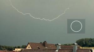 Extraño objeto desconocido que volaba sobre Alemania – 20 de mayo 2011