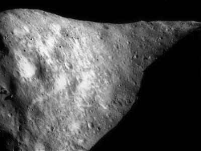 Un oscuro asteroide de 1,7 millas de largo de nombre 1998 QE2 pasará cerca de la Tierra el 31 de mayo 2013