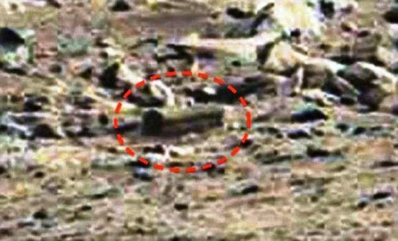 Piedra antigua con forma de 'ataúd' en Marte