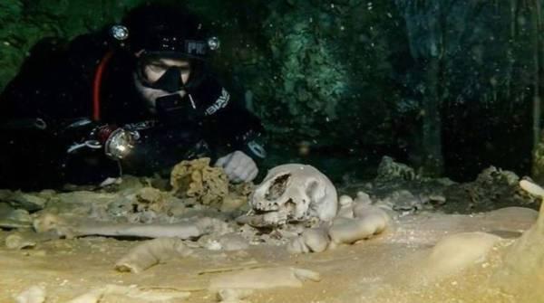 Grandes cuevas subacuáticas antiguas revelan antiguas reliquias Mayas
