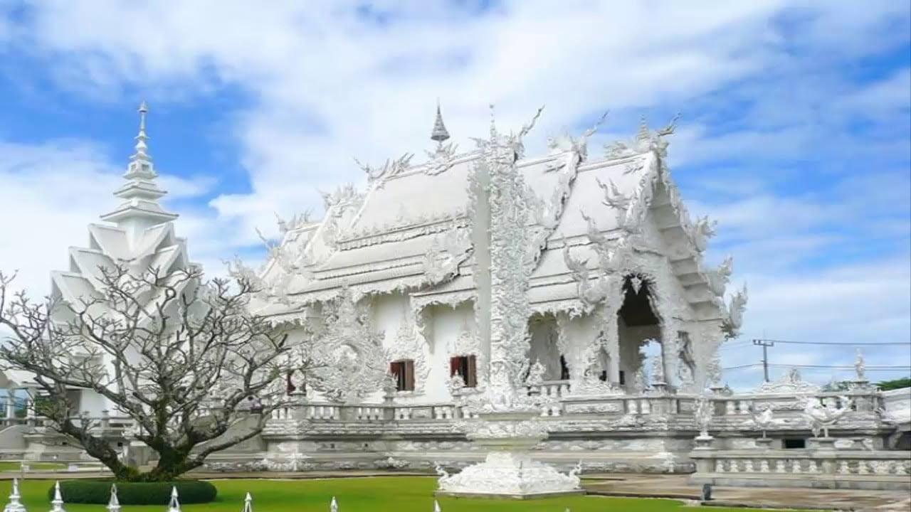 El Increíble El Templo Blanco Wat Rong khun, la Sagrada Familia de Tailandia