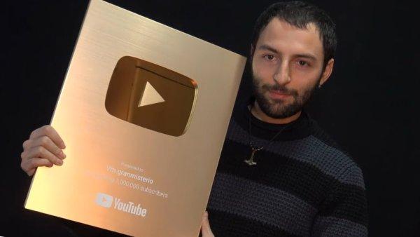 Youtube Entrega el Botón de Oro a VM Granmisterio