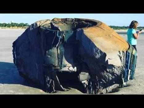 MISTERIOSO Objeto ha Aparecido en una Playa de Estados Unidos. ¿Qué Puede Ser?