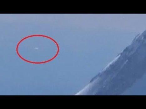 OVNI filmado desde un avión sobre Oregon 28-feb-2020