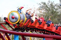 Universal-Studios-Woody-Woodpecker-Nuthouse-Coaster-9277