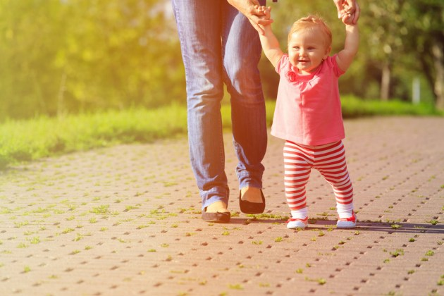 bebe andando primeira vez