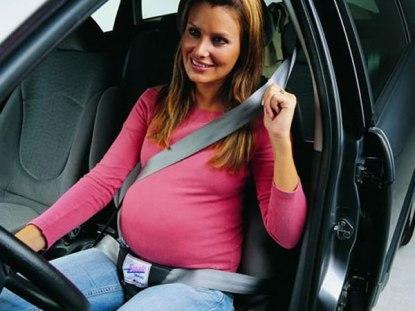 uso correto do cinto de segurança durante a gravidez