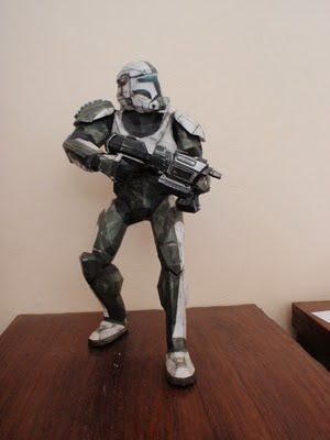 Star Wars clone trooper papercraft