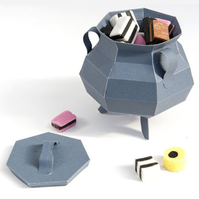 Halloween-Candy-Cauldron-Papercraft