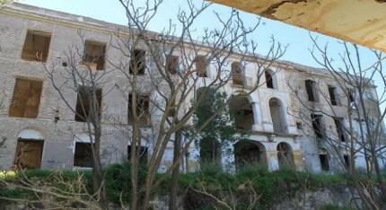 el-orfanato-abandonado-de-valle-perdido_557505