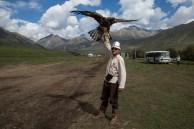 Nurbek e sua águia