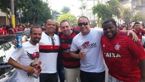 Túlio Rodrigues, Nilmar Figueiredo, Allan Abi. Delmiro Jr e Pablo Gaudência. Alguns dos abnegados voluntários na panfletagem. (Foto Divulgação)