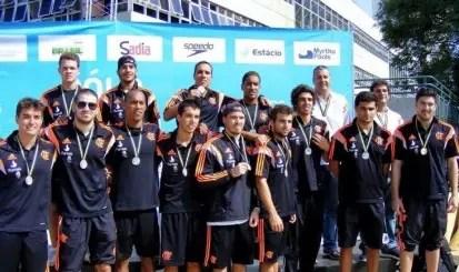 Boletim Olímpico: Seja na piscina… Vencer, vencer, vencer!