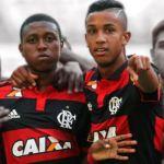 Jorge e Jajá. Parceiros na base, e agora no profissional. (Foto: Flamengo Oficial)