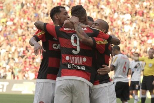 Primeiro gol saiu logo e parecia que a tarde seria nossa. | Foto: Gilvan de Souza/Flamengo