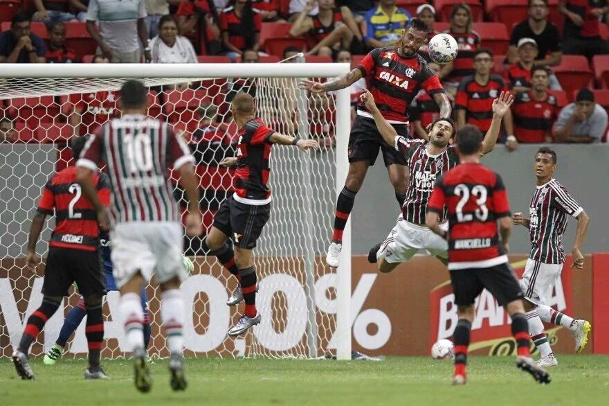 Atuações: César Martins anula Fred e Rodinei vai bem; Guerrero e Arão marcam