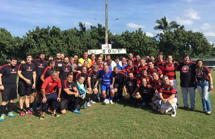 Fla Nação Oficial finaliza campanha com Zico para gramado no Ninho do Urubu
