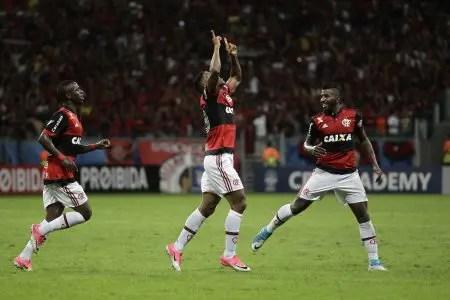 Flamengo vence pela primeira vez na Arena Fonte Nova