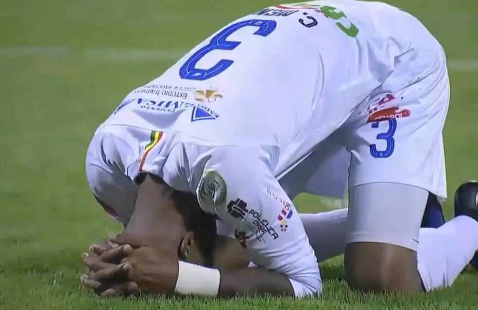 San José e LDU empatam em jogo que teve três gols contra