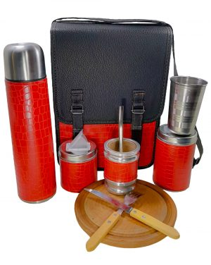 Set matero camping croco rojo con tabla cubiertos y vaso por mayor