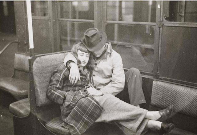 kubrick subway couple photo