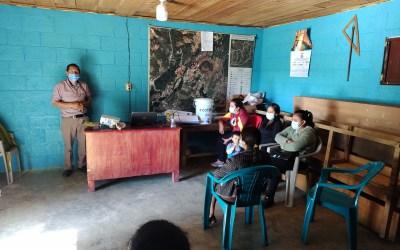 MUNI-K´AT en coordinación con la Municipalidad de San Antonio Sacatepéquez, aborda taller sobre Operación y mantenimiento de los sistemas domiciliares de captación de lluvia.