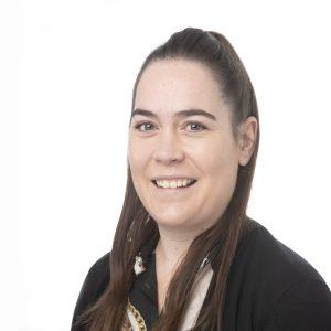 Erica Hayward : Receptionist