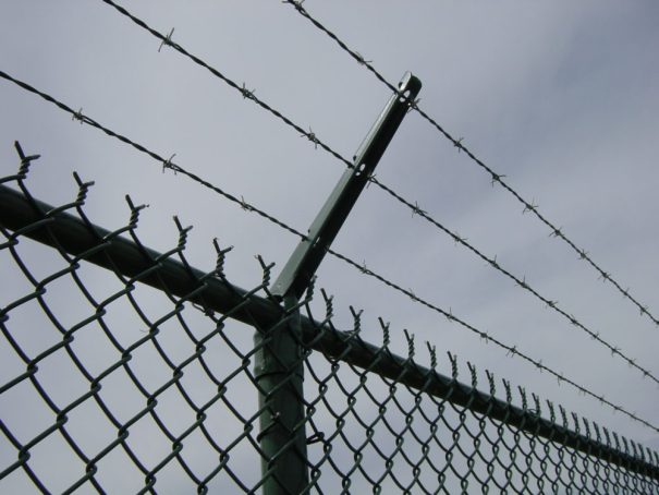 Wisconsin Commercial Fence, Milwaukee Commercial Fence, Barb Wire, Security Fence Milwaukee