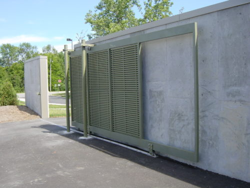 Fencing Gate, Secuity Gate, Securiity fencing Milwaukee and Waukesha