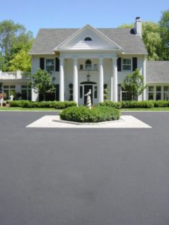 Asphalt driveway, asphalt paving, black top, paving, Milwaukee, Waukesha