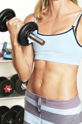7 Tipps um kostenlos Bauchfett zu verlieren